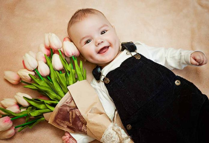 Tips to Name Your Newly Born Baby Girl after Flowers