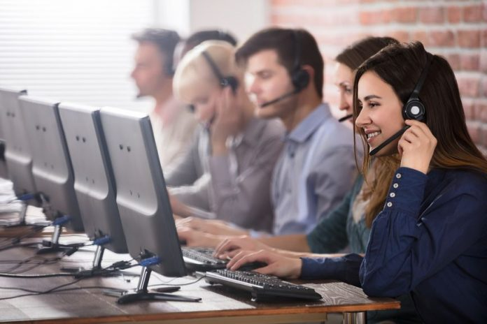 Things to check before hiring inbound call center outsourcing